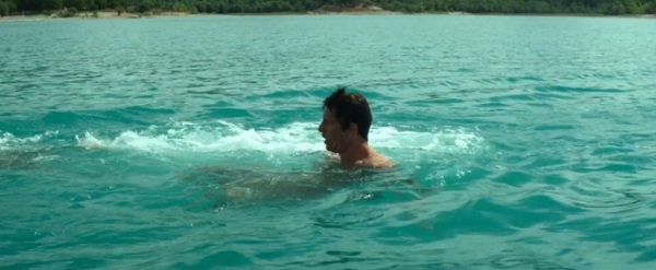 Um estranho no lago 7